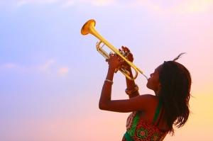 blowing trumpet.jog