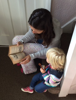 reading with neice.jpg